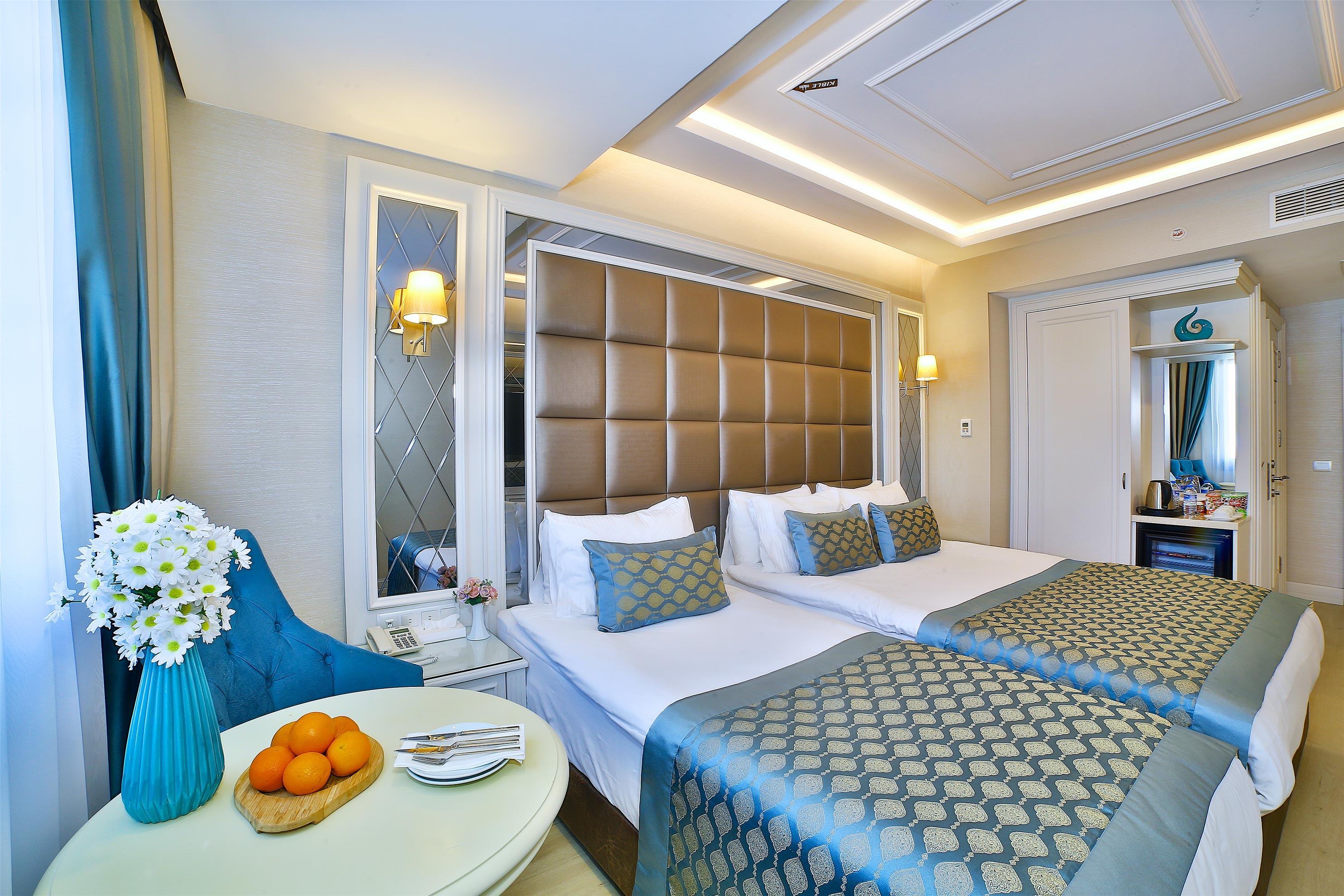 Buke Hotel - Deluxe Triple Room